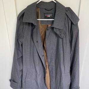 Banana Republic trench coat. Size L
